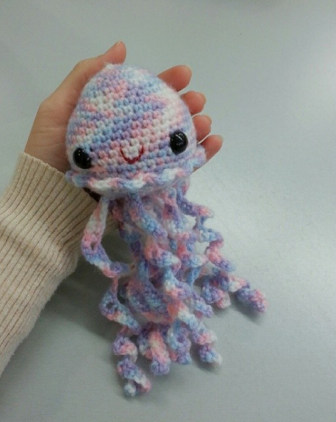 Jellyfish from Ana Paula Rimoli's book Amigurumi Toy Box