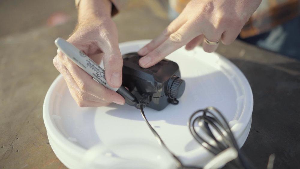 marking holes lid.jpg