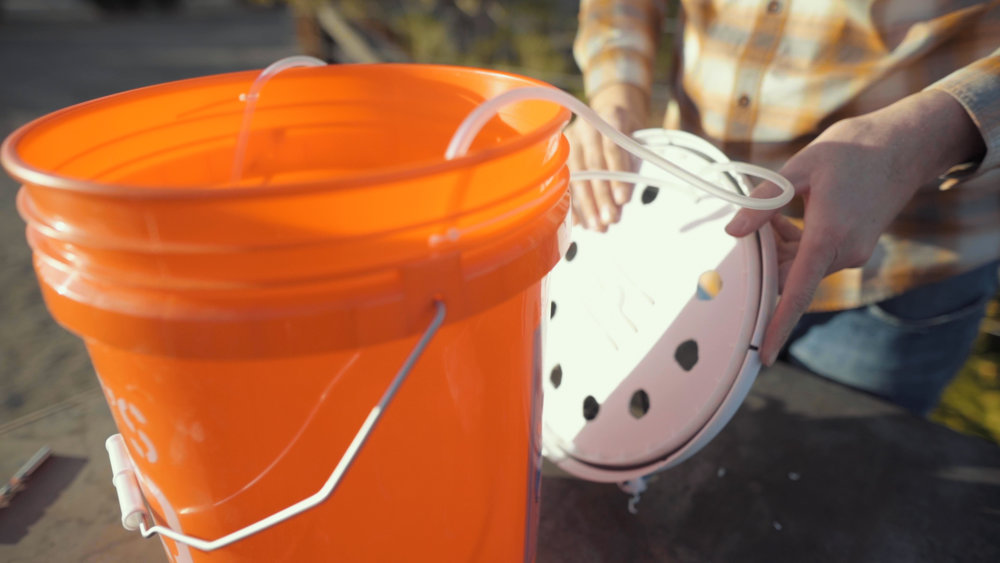 putting bucket together.jpg
