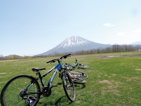 Cycling Hokkaido.jpg