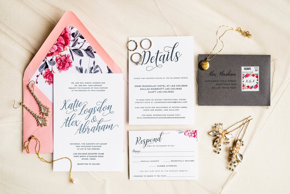 HandsofHollisWeddingInvitationsinDallasTexas25.jpg