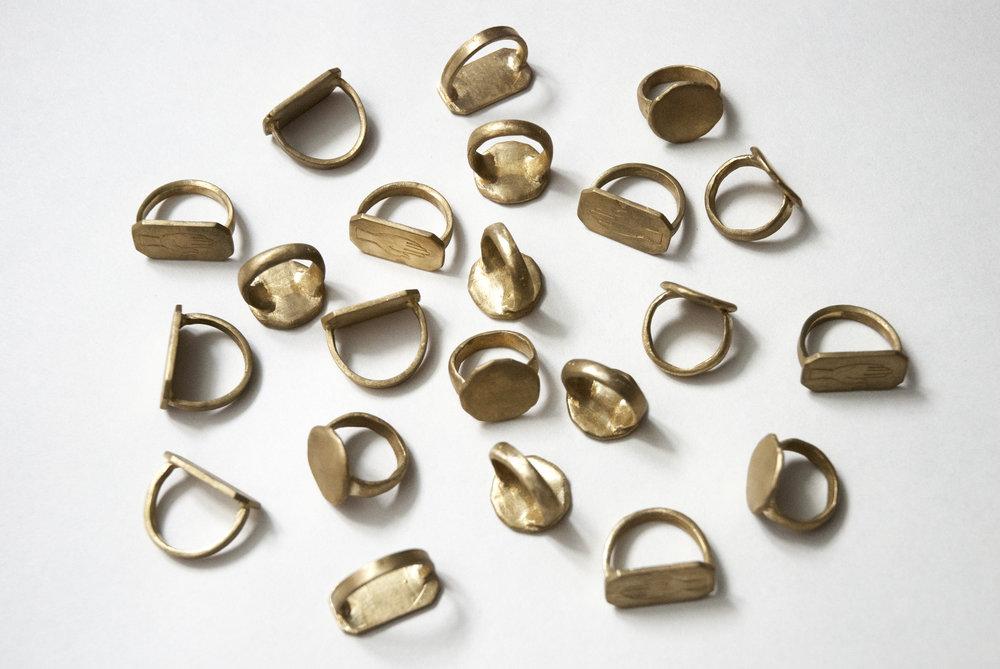 Bronze (rings)
