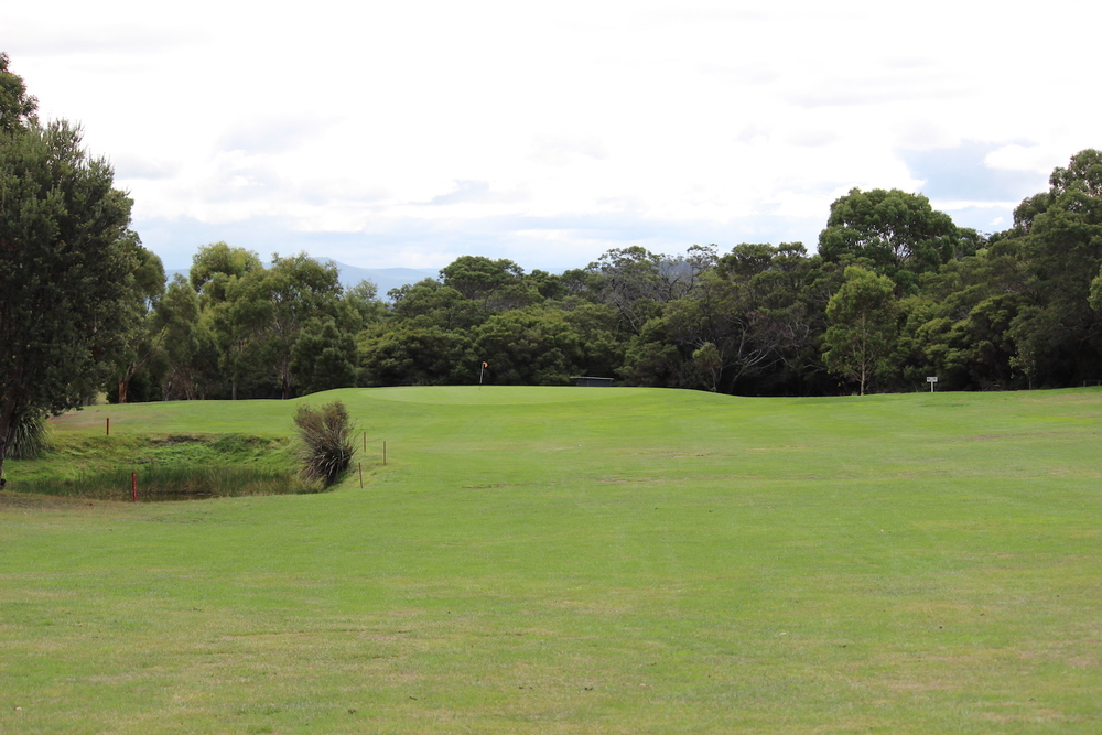 Hole 3    Elevated tees giving a good drive to the slight right hand dog leg with a water hole on the left of the approach fairway. Hitting into a mid sized slightly elevated green.    Men:   482 metres, Par 5, Stroke Index 13   Ladies:  449 metres, Par 5, Stroke Index 7/25