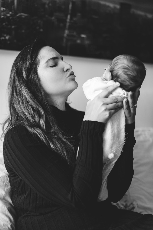 @DaniellePhotographySA_NYC_newborn_Tonia&Marcelo-131.jpg