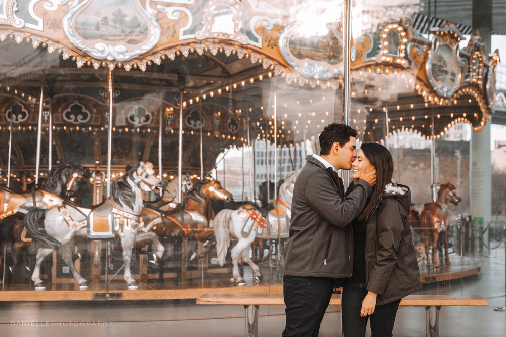 @DaniellePhotographySA_New_York_Engagement_DUMBO-25.jpg