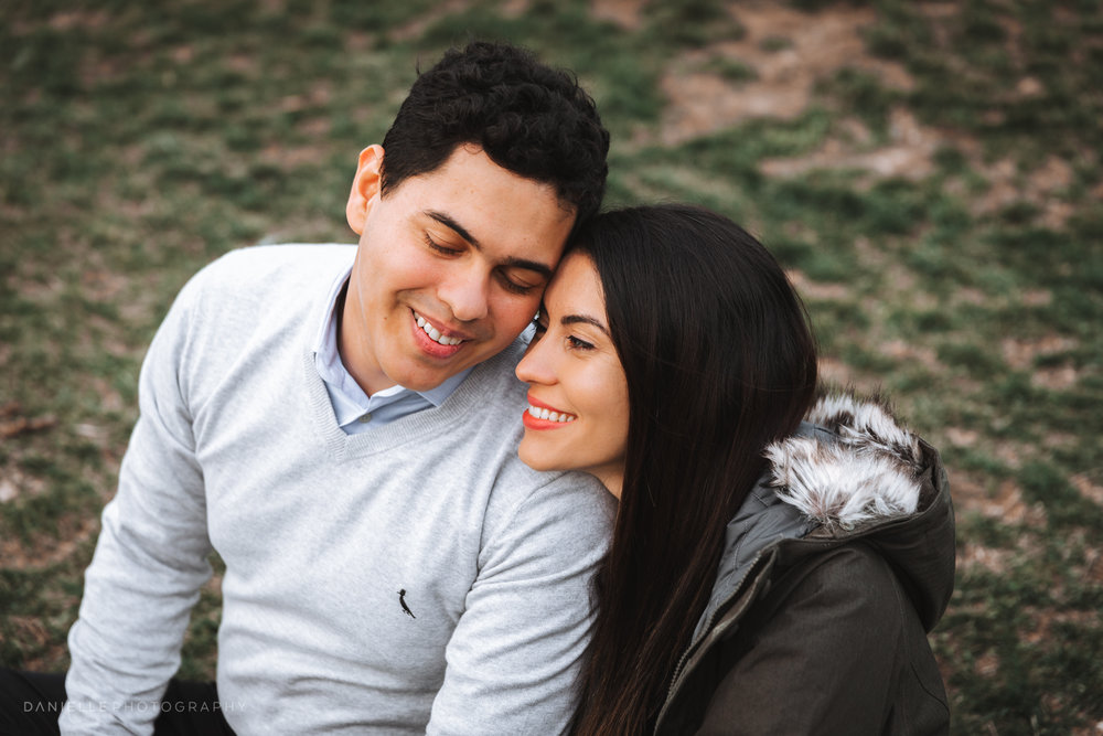 Engagement Photoshoot in Dumbo, Brooklyn by @DaniellePhotographySa