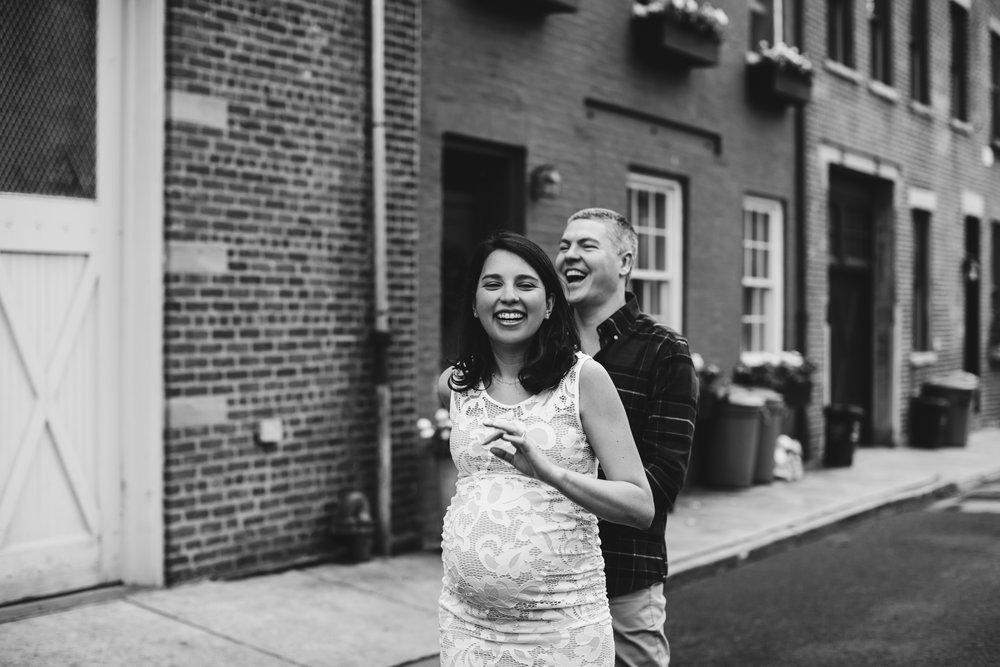 @DaniellePhotographySA_Brooklyn_Maternity_Photoshoot-21.jpg