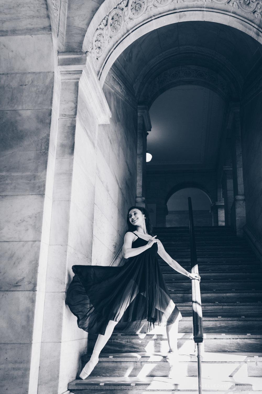 @DaniellePhotographySA_Ballerina_Photoshoot_NYPL-23-6.jpg
