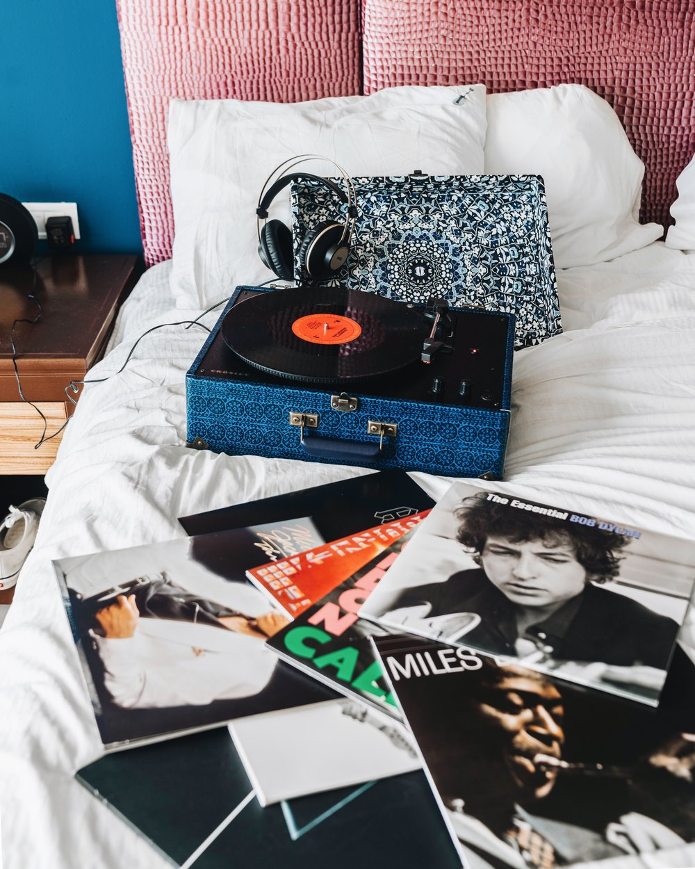 "VINYL RESURGENCE - A selection of 10 iconic records from ACDC, to Michael Jackson or the ""Boss"" chosen by Hard Rock's music experts and a Crosley turntable to keep the records spinning."