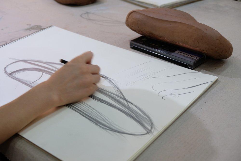 / 주니어5기 마감 - 자동차 디자인 미술관 _포마의 교육 프로그램인 포마 아카데미에서 2018년 11월 개강 예정인 '포마 아카데미 주니어 5기' 는 마감 되었습니다. 2019년 개강할 새로운 과정은 별도 공지하겠습니다.아카데미 관련 모든 문의는 fomaedu@gmail.com 통해 문의 바랍니다.