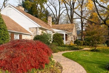 11043811_S_Landscape_House_Grass_Trees.jpg