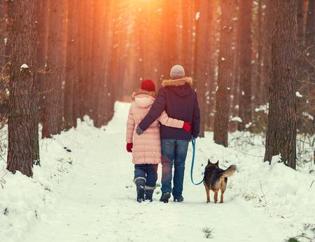 39662324_S_walking_dog_winter_snow_boots.jpg