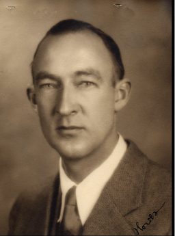 Paul Griswold Howes (1913-1984) Curator & Director of the Bruce Museum, Greenwich, Connecticut. Image Courtesy of the Explorers Club Research Collections