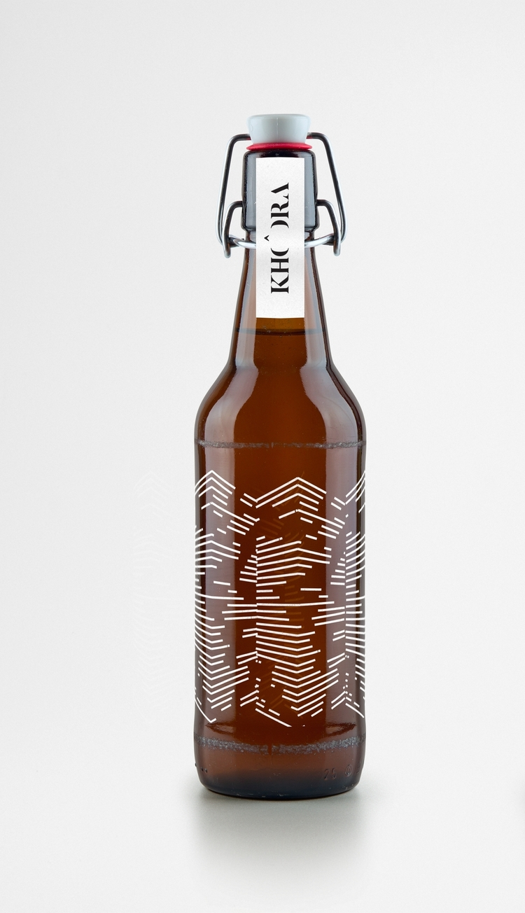 Artisan+Beer+Bottle+MockUp.jpg