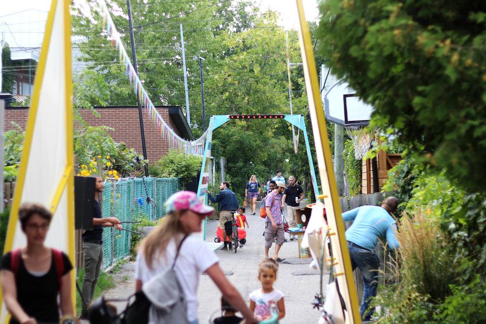 Chats de ruelles - 375e anniversaire de Montréal