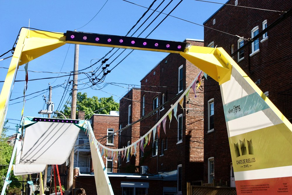 Chats de ruelles -Montreal's 375 anniversary - More on this project