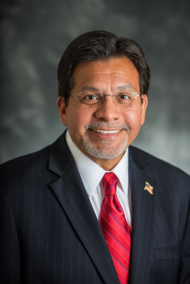 Alberto Gonzales,   Dean & Doyle Rogers Distinguished Professor of Law,   Belmont University College of Law