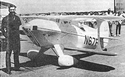 Clyde Parsons in biplane race #11, a 125 hp Knight Twister.