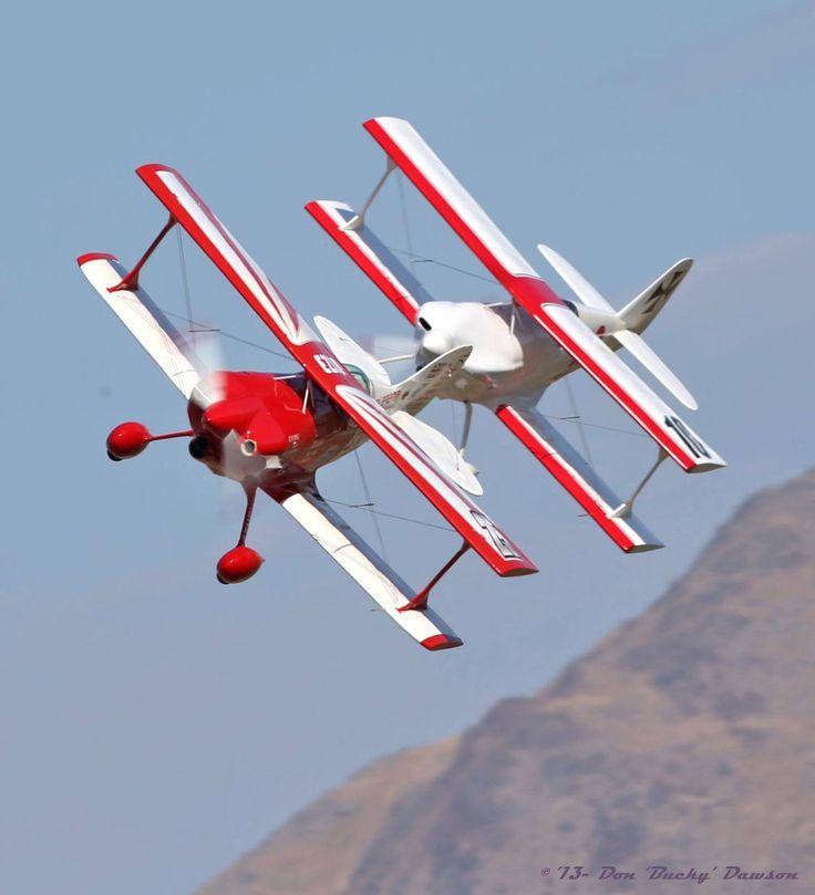 Biplanes (1).jpg
