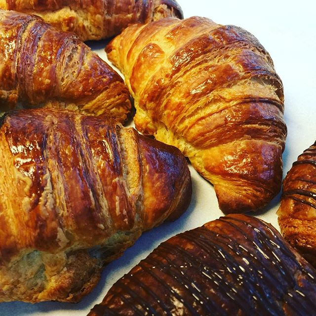 Croissants fresh out if the oven at 5250 Cafe. #croissant #5250 #amoretti #pastrychef #baking #foodporn