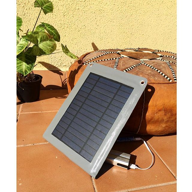 Sunny side of product development in DIY Solar charger-project☀️😎 #testing #productdevelopment #workslikemagic #diysolarcharger #hidedesignstudio #sustainabledesign
