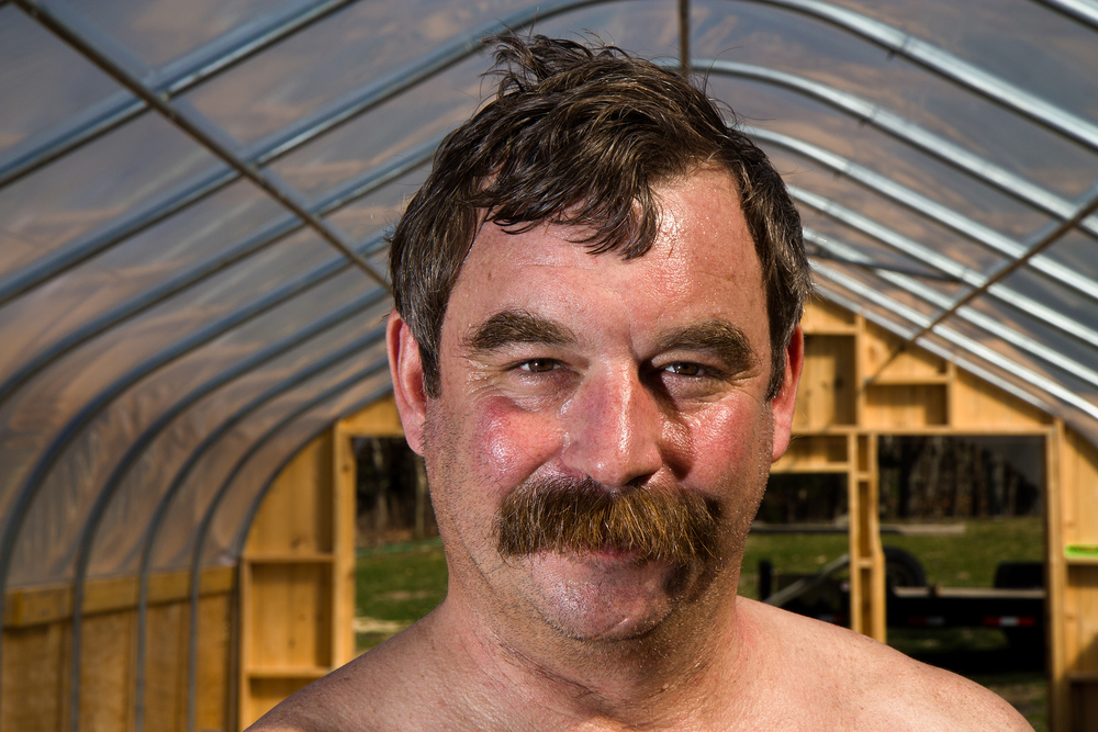 Tom_In_Greenhouse_Img_9618-.jpg