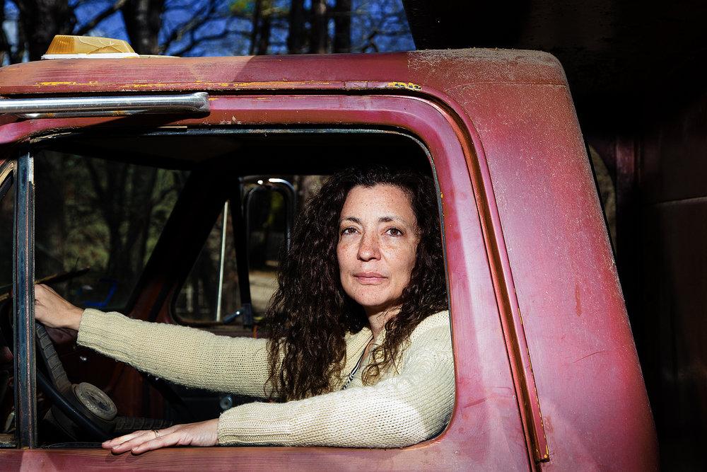 Gillian_Red_Truck_Img_0293-.jpg