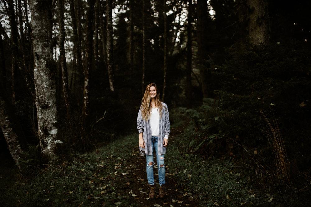 Forest senior photos in Portland, Oregon