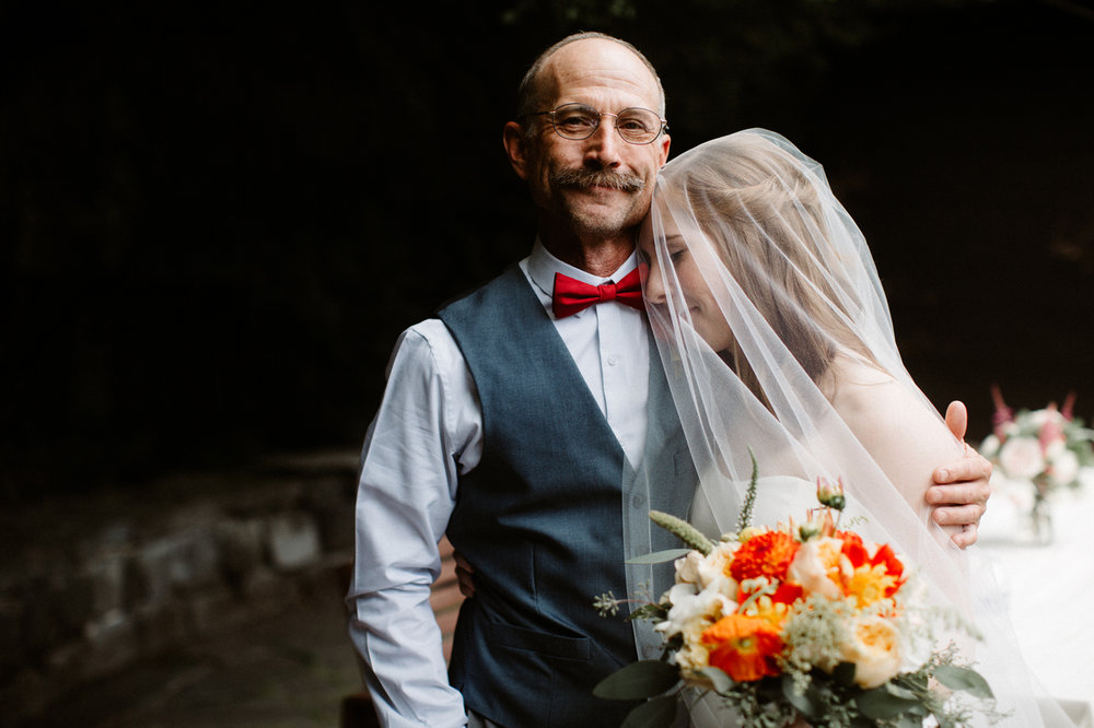 Portland documentary wedding photographer