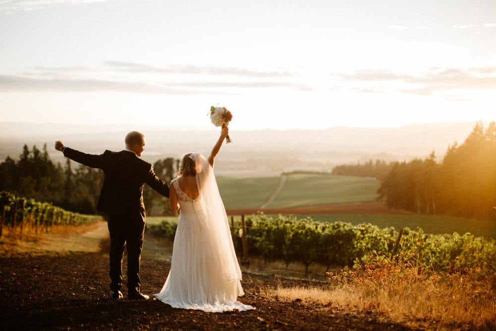Vista Hills Vineyard Wedding Photos