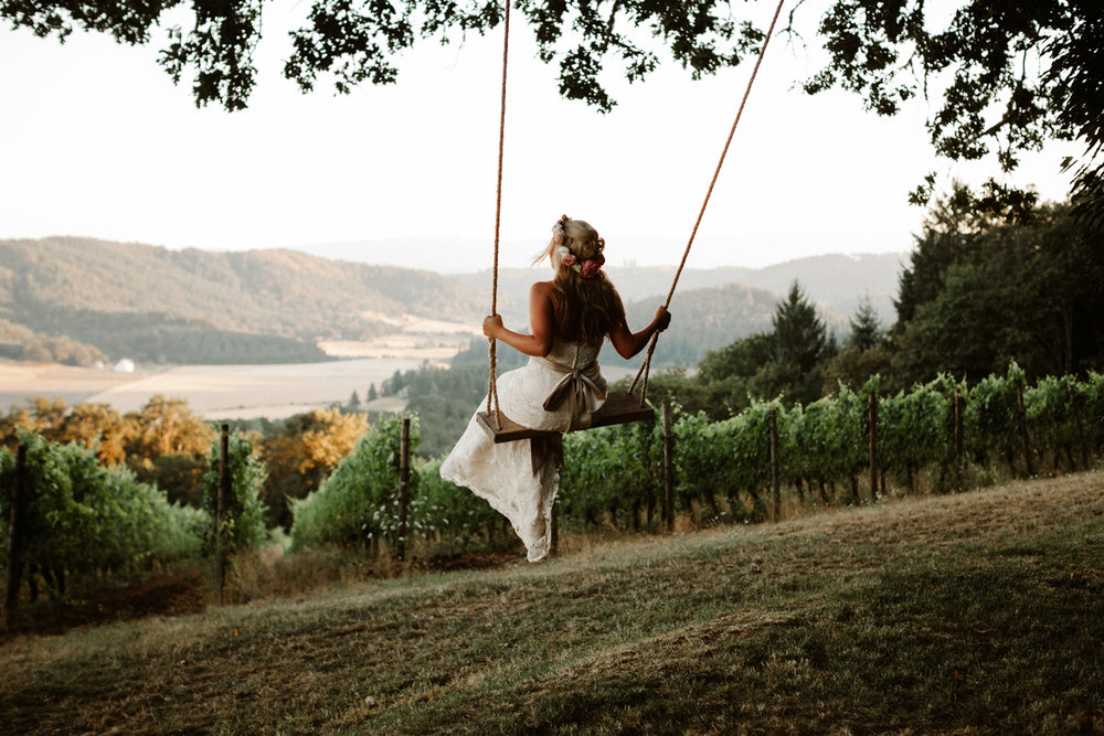 Youngberg Hill Wedding Photographer, Oregon Wine Country Wedding