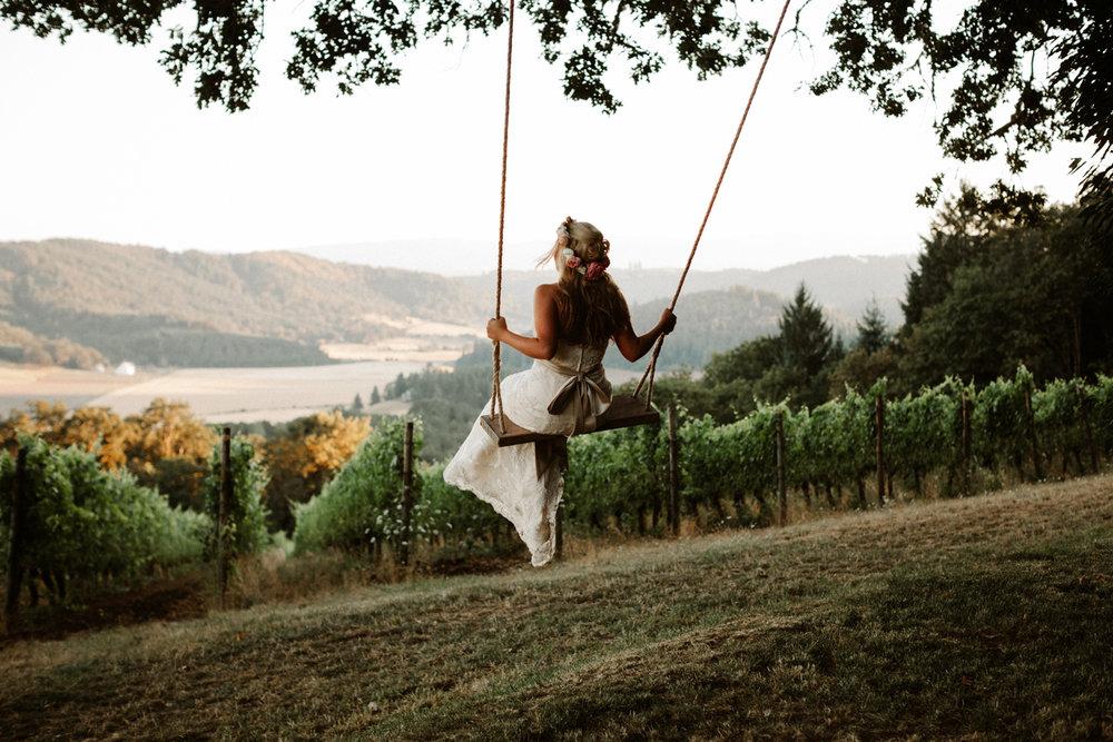 Youngberg Hill Wedding Photographer, Oregon Wine Country Wedding