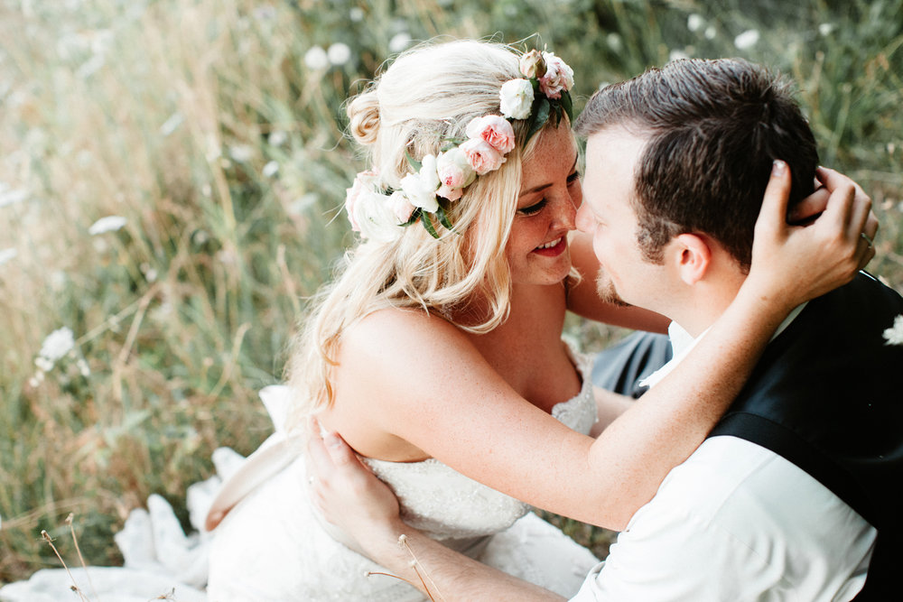 Youngberg Hill Wedding Photographer