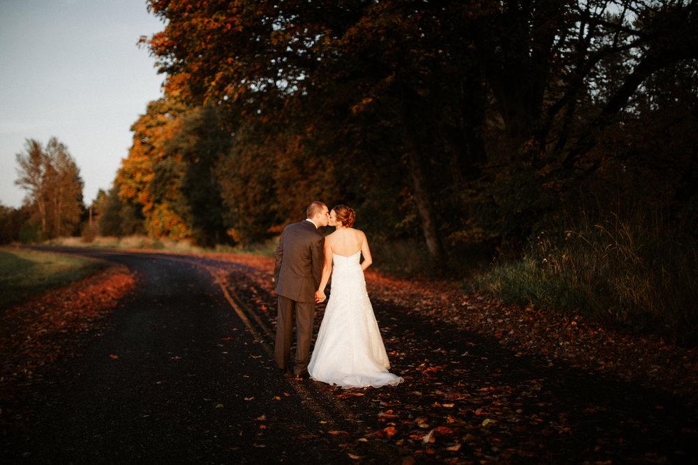 Red Barn Studio Fall Wedding Photos