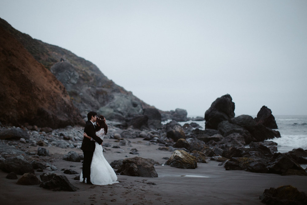 muir beach pre-wedding photos san fransisco