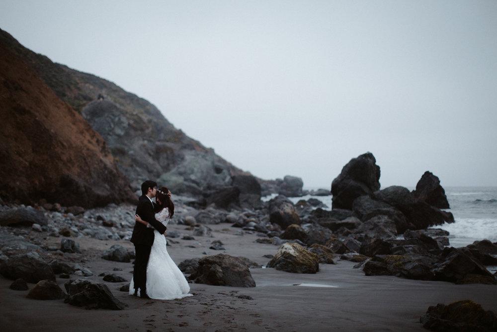 muir beach pre-wedding photos san fransisco