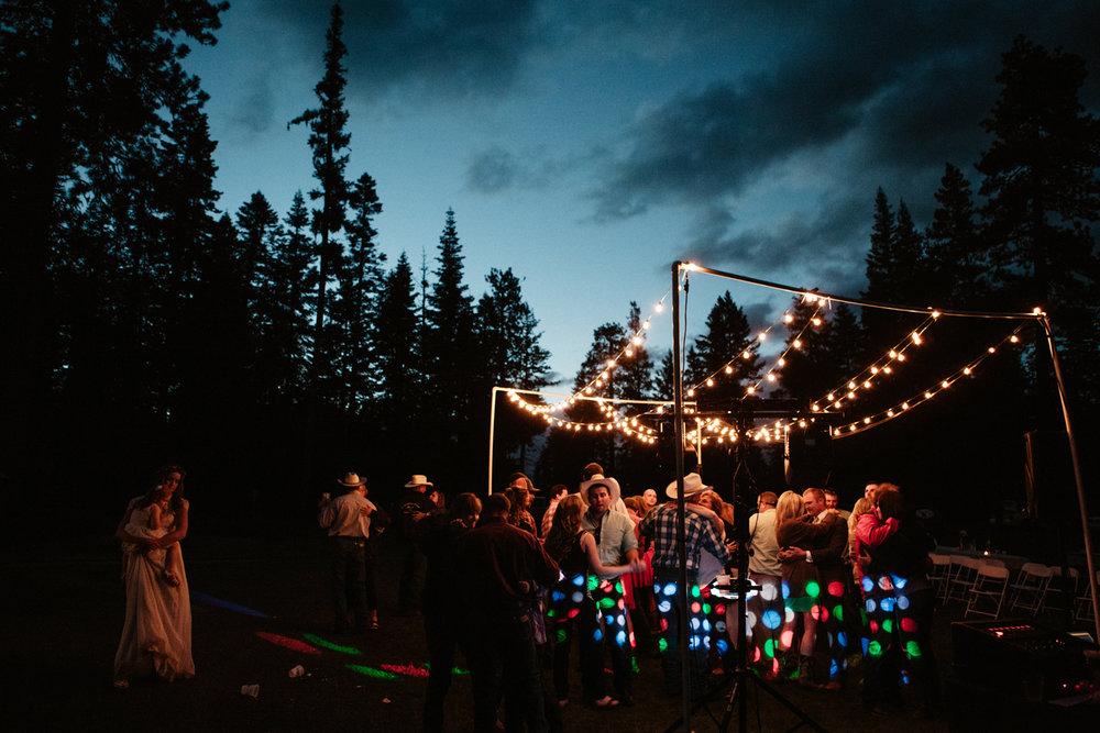 eastern oregon outdoor wedding photography