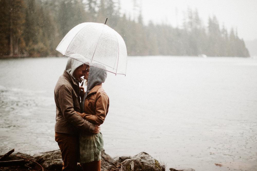 Lost Lake rainy engagement photos at Mt. Hood