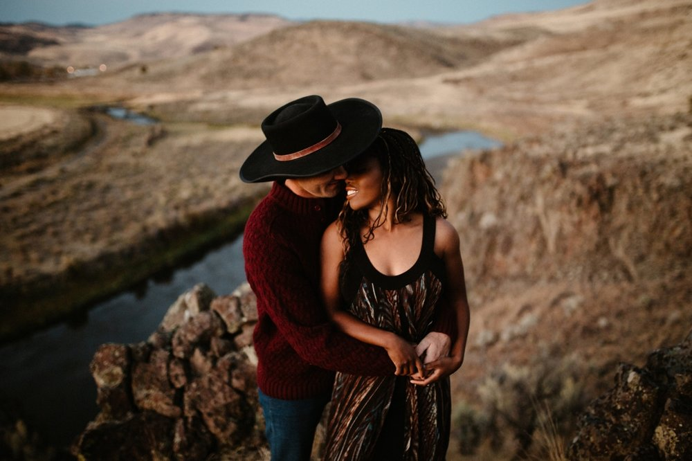 Eastern Oregon engagement photographer