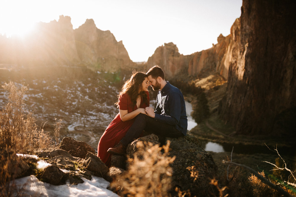 Smith Rock winter engagement photos