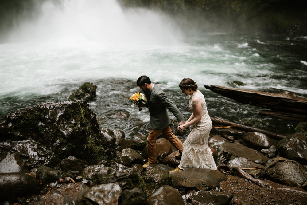 Wahclella Falls Oregon Elopement Photographer