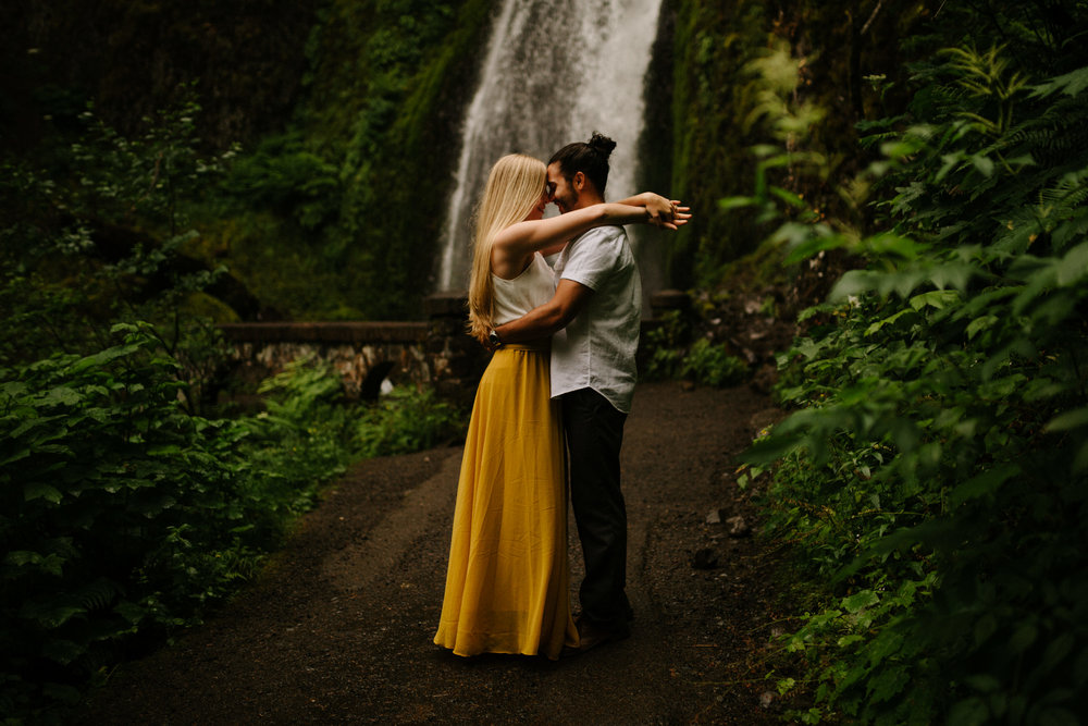 Columbia River Gorge waterfall engagement photos