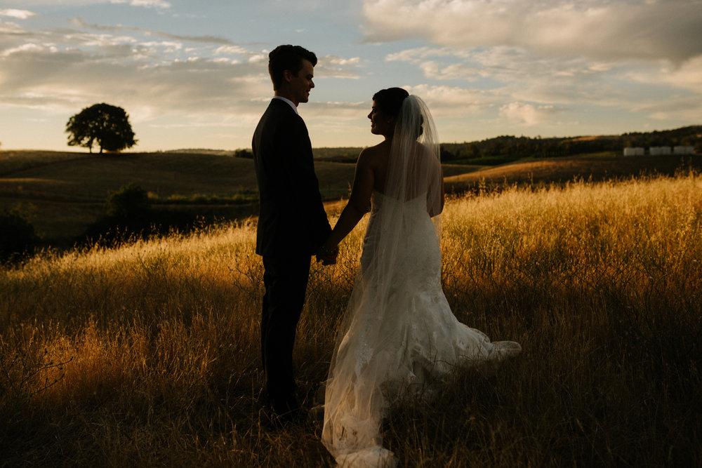 Artistic Sacramento wedding photographer