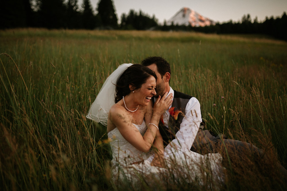 Mt Hood Bed and Breakfast Wedding by Katy Weaver Photography, a Portland Wedding Photographer