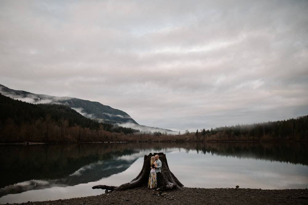 Engagement photos at Rattlesnake Lake by Washington wedding photographer Katy Weaver