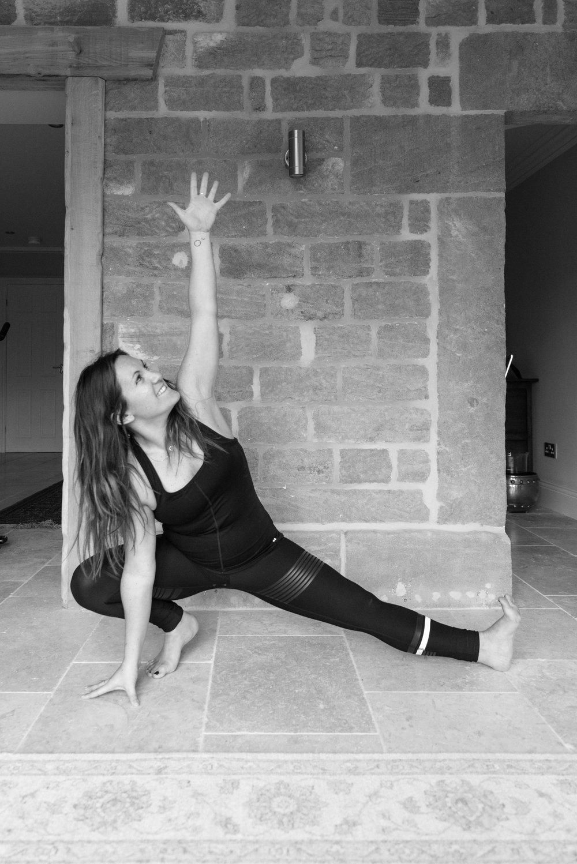 Yoga 01.2018-2200-2.jpg