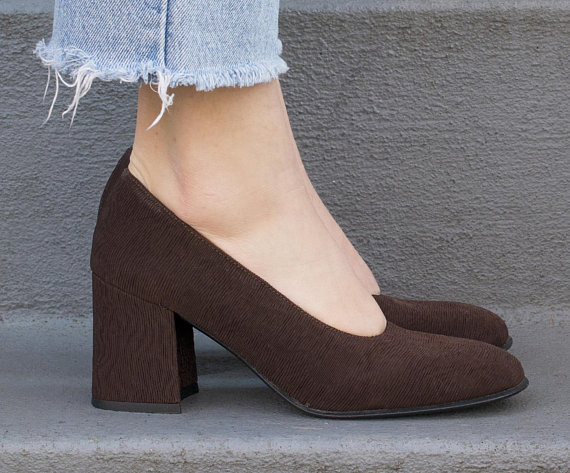 brown block pumps