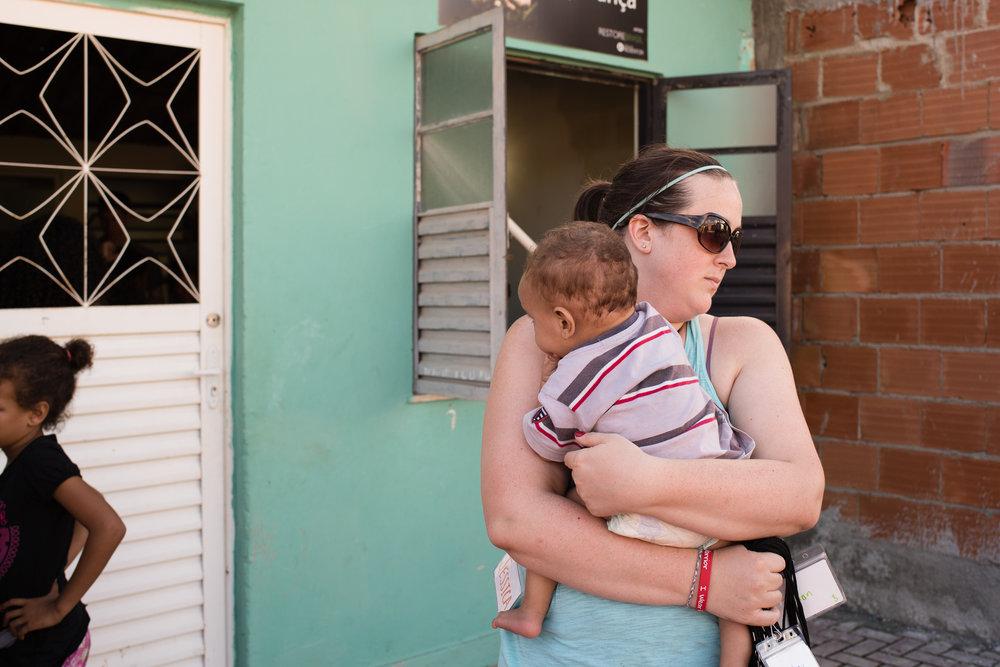 Jessica Fleshman outside Casa da Esperança (House of Hope) in Cidade de Deus (City of God) in Rio de Janeiro, Brazil.