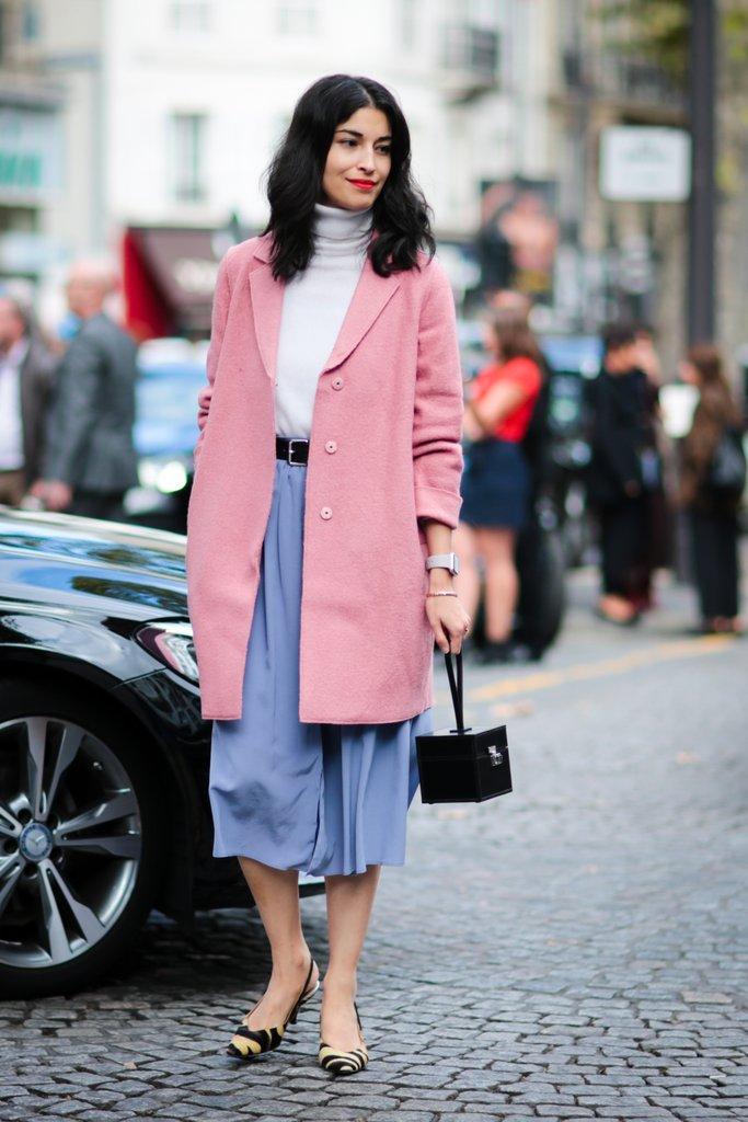 Millennial-Pink-Street-Style-Outfit-Ideas (1).jpg