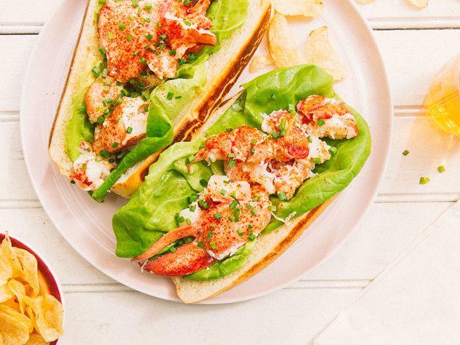 lobster-roll-1_2000x1500.jpg